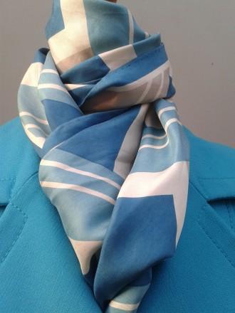 web foulard